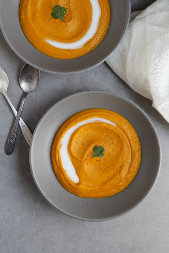 Thai Red Curry Coconut Carrot Soup: Jessi's Kitchen