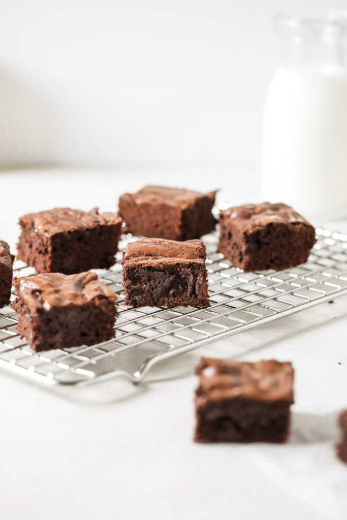 How to Make Fudgy Oat Flour Brownies: Jessi's Kitchen