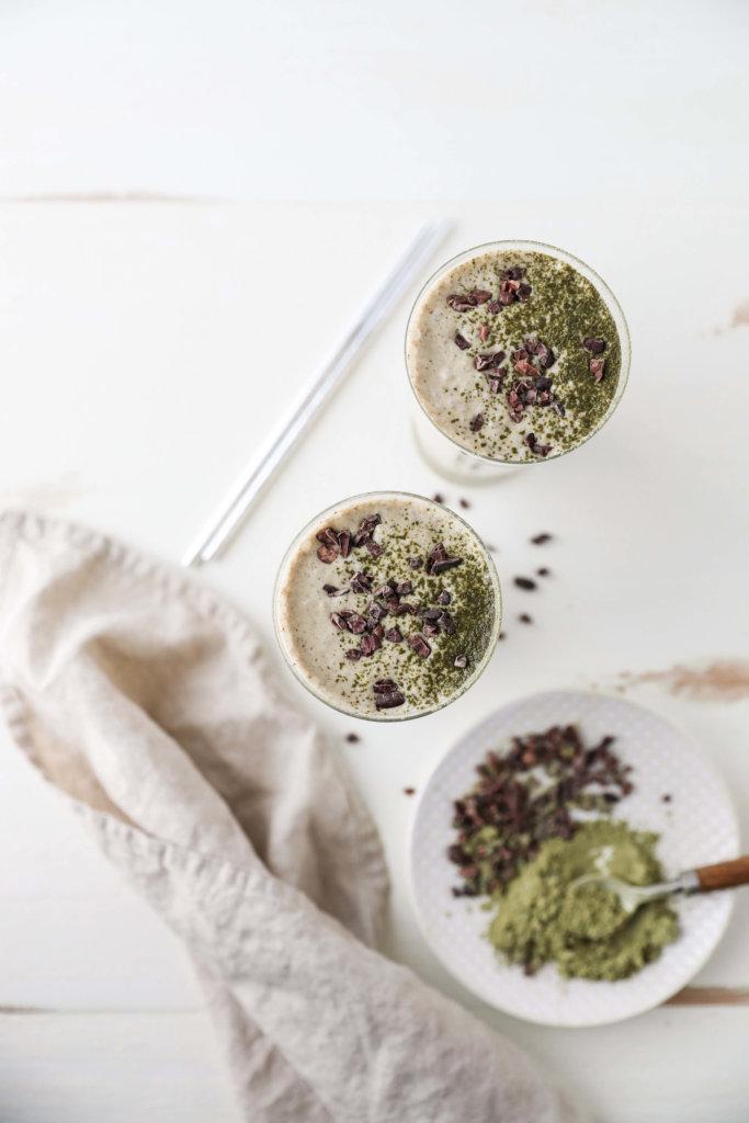 Matcha and Cacao Nib Smoothie: Jessi's Kitchen