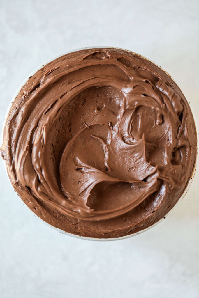 Vegan Ganache Frosting made with dark chocolate and coconut milk: Jessi's Kitchen