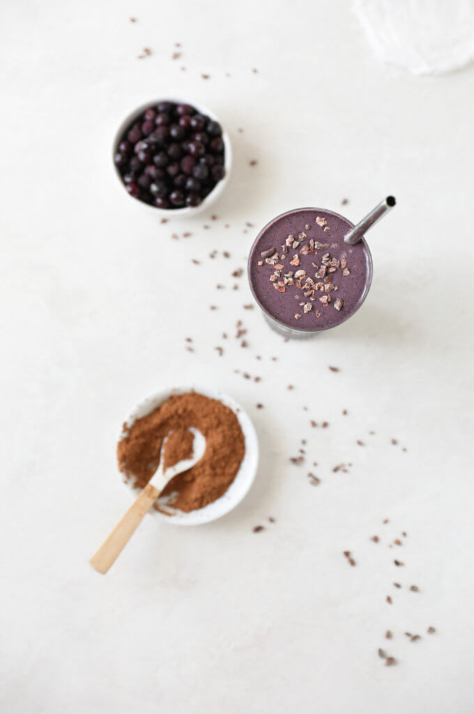Raw Cacao Blueberry Smoothie: Jessi's Kitchen