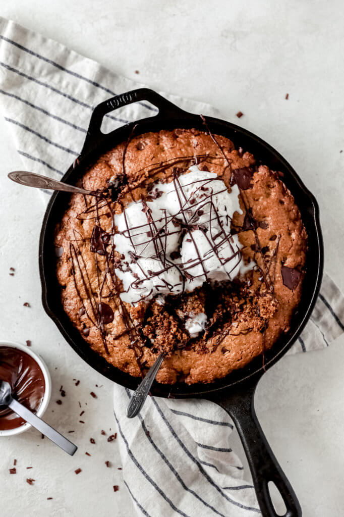 How to Make Peanut Butter Oatmeal Cookie Skillet: Jessi's Kitchen